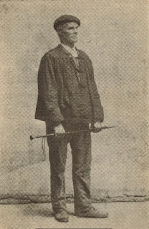 Le bâton de marche basque-00009
