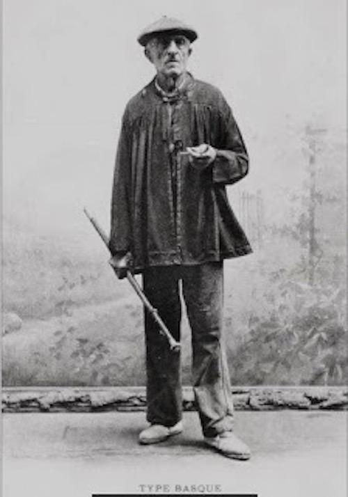 Le bâton de marche basque-00010